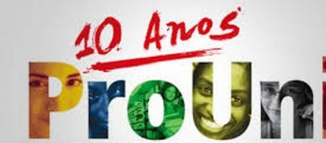 O Programa Universidade para Todos já formou mais de 400 mil profissionais pelo Brasil afora.  <br />  Tendo sido criado em janeiro de 2005.