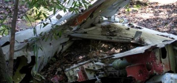 Avião cai no Kentucky, morrem 4 pessoas
