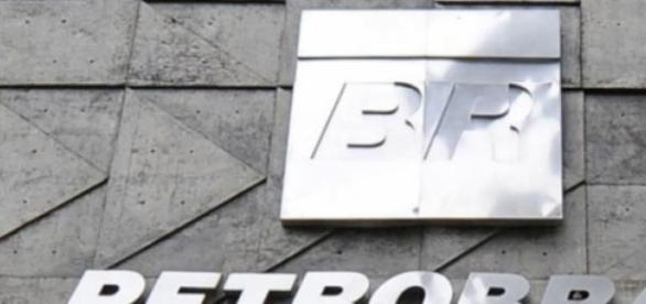 Petrobras envolta em turbulências.