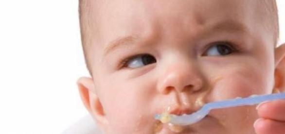 Alguns alimentos podem ser perigosos para o bebê
