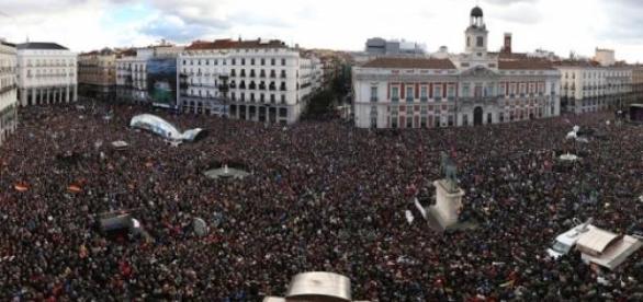 La Puerta del Sol tomada por Podemos