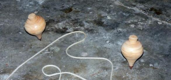 O pião é um dos jogos tradicionais