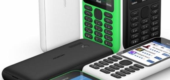 Foto de los tres tipos de color del Nokia.