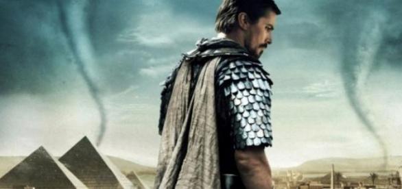 O Moisés deste filme é o da narrativa bíblica?