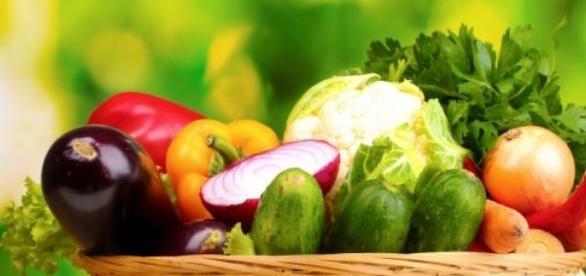 carne legume fructe salata vitamine proteine