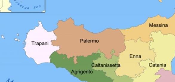 Puente hundido que conectaba Palermo con Catania