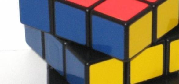 Rezolvarea unui cub rubik