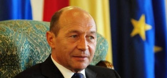 Traian Băsescu este pensionar
