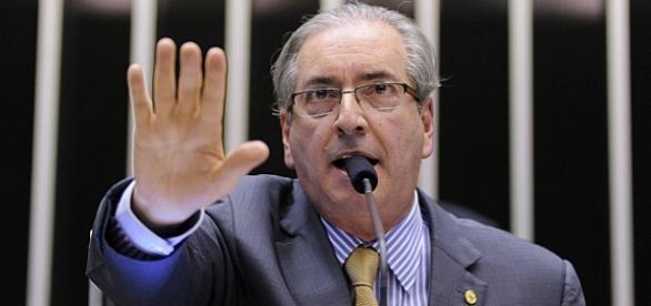 Manobra de Cunha impede sessão do Congresso