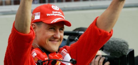O maior campeão da F1, pesa hoje, menos de 45kg.