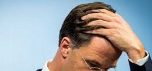Premier Mark Rutte ma kłopt - elsevier.nl