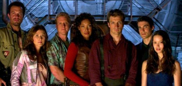 Elenco de Firefly se reúne na Comic Con