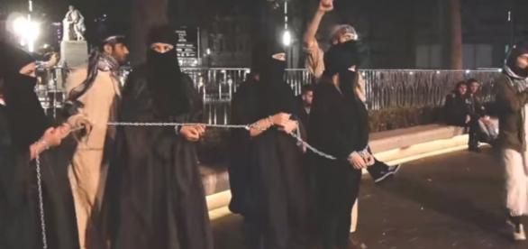Femei sclave ale Statului Islamic