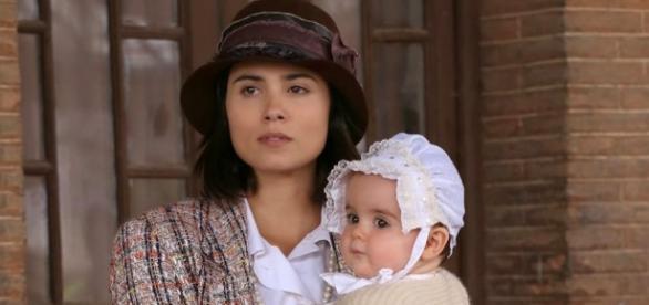Maria dà alla luce la piccola Esperanza