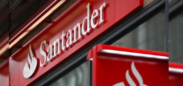 Banco Santander tem mais de mil vagas abertas.