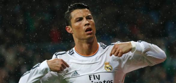 Cristiano Ronaldo está no topo do mundo.