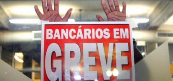 Agências seguem fechadas em todo Brasil