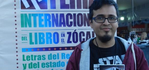Augusto Mora, ilustrador, monero y periodista