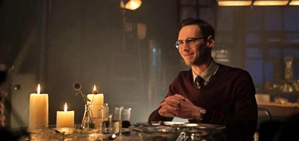 Edward Nygma in Gotham 2x04 'Strike Force'