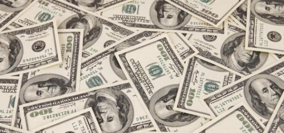 Dólar comercial é cotado por R$ 3,87