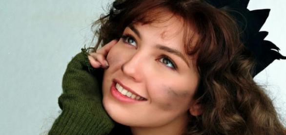 Thalia comemora reprise de Maria do Bairro