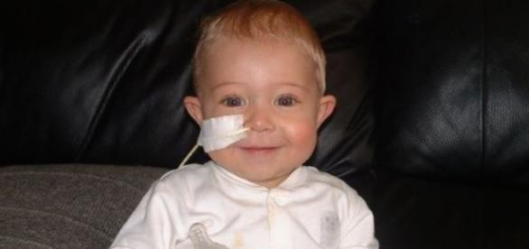 Evan sobreviveu após transplante de fígado