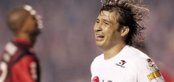 Jogador esteve no São Paulo em 2005