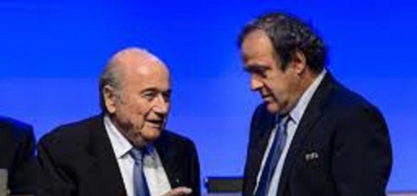 Sepp Blatter i Michel Platini - lemonde.fr