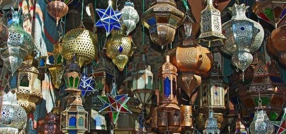 Foto zona comercial Marrakech Pixabay