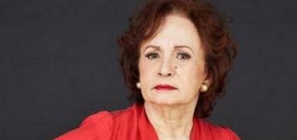 Joana Fomm conta que retirou seios