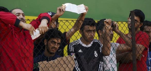 Uchodźcy domagający się pomocy od państw Europy