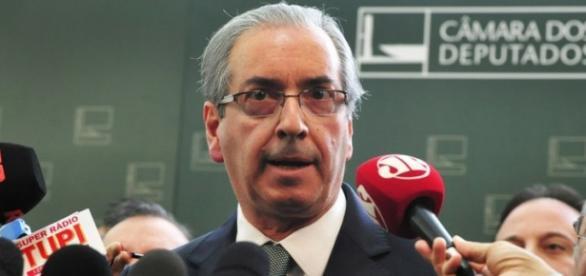 Cunha diz que STF se intromete no Congresso