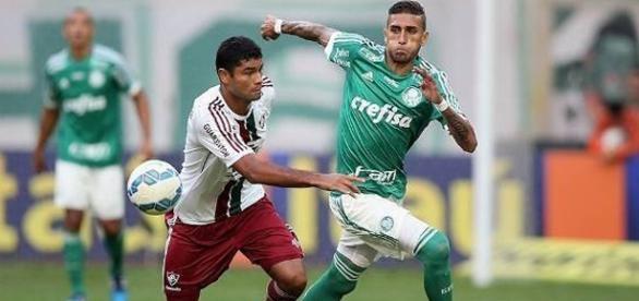 Fluminense e Palmeiras se enfrentam nesta quarta