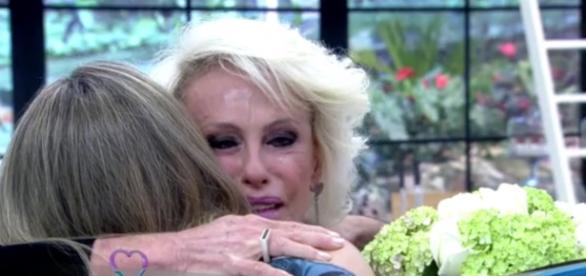 Ana Maria Braga chora após agradecimento