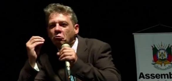 Renato Meneghello médico oncologista