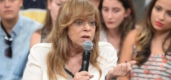 Glória Perez se emociona com Além do Tempo