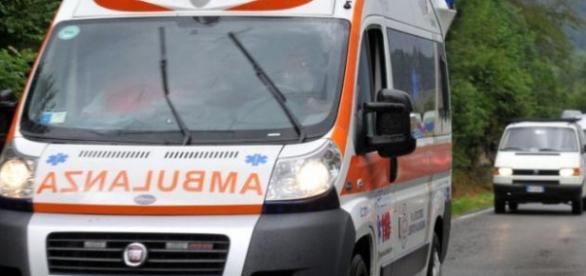 Tragico incidente a Cosenza, dieci feriti.