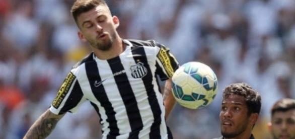 Globo pode cancelar futebol na TV aberta