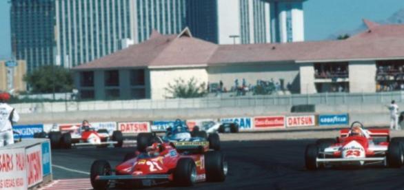 Monoplazas de F1 en el circuito de las vegas