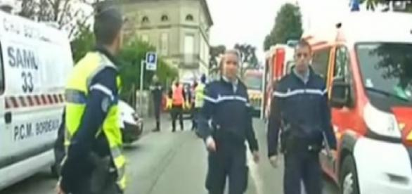 O acidente envolveu cerca de 60 bombeiros.