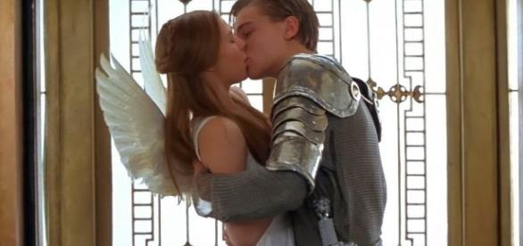'Romeu + Julieta', de 1996, com Leonardo Di Caprio