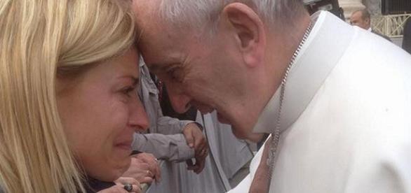 Tobal lloró al hacerle su pedido al Papa