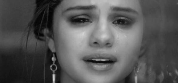 Selena Gomez anda desiludida com o mercado.