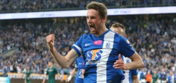 Lech wygrał z Legią po golu Kaspera Hamalainena