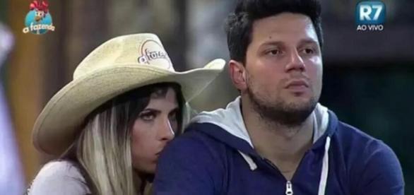 Thiago pede para se casar com Ana Paula Minerato