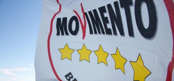 Bandiera del Movimento 5 stelle,in grande crescita