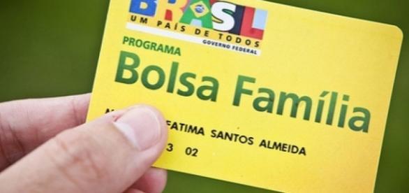 Bolsa Família sofre reajustes porém continua