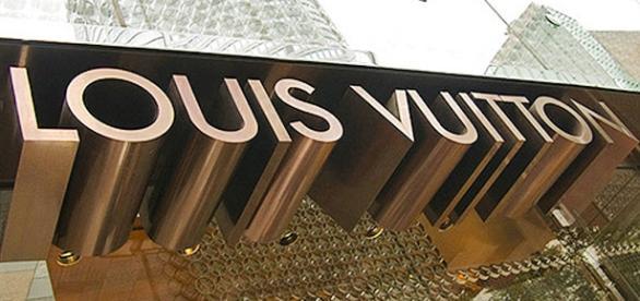 Fachada da loja Louis Vuitton nos EUA