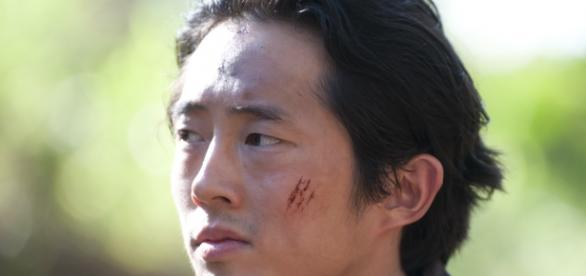 Glenn è interpretato da Steven Yeun