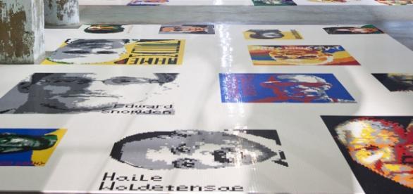 Obra realizada com legos por Ai Weiwei em 2014.